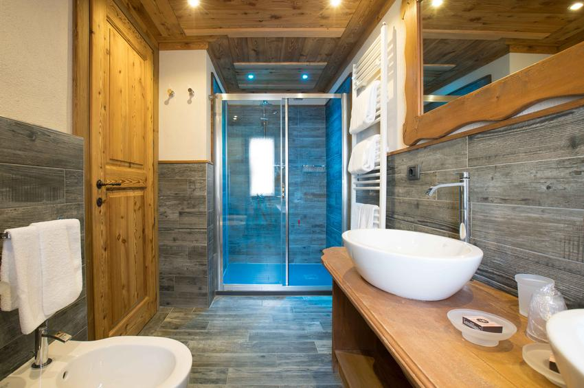 Junior Suite 332 - Bath-Room