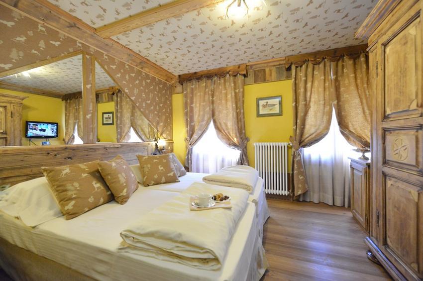 Superior Room 219
