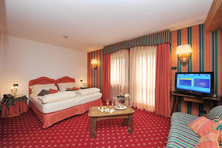 De Luxe Room 101