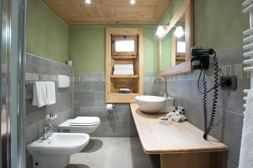 Superior Room 214 - Bath-Room