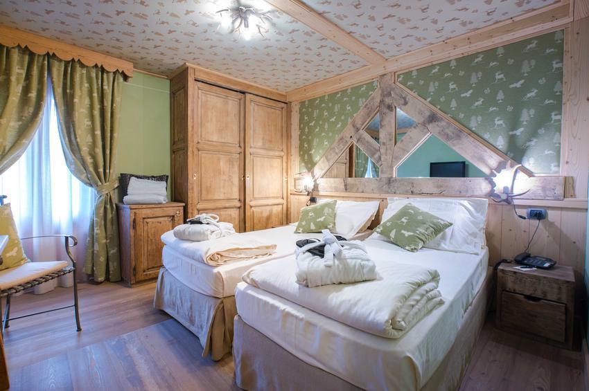 Superior Room 214