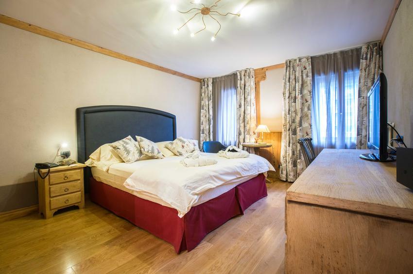 Superior Room 330